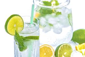 acqua aromatizzata ricetta